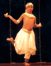 Kosala Dullewa dancer with Down syndrome